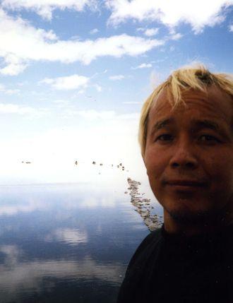 ウユニ 塩 湖 行き方
