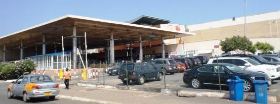 アクラ 空港 ガーナ